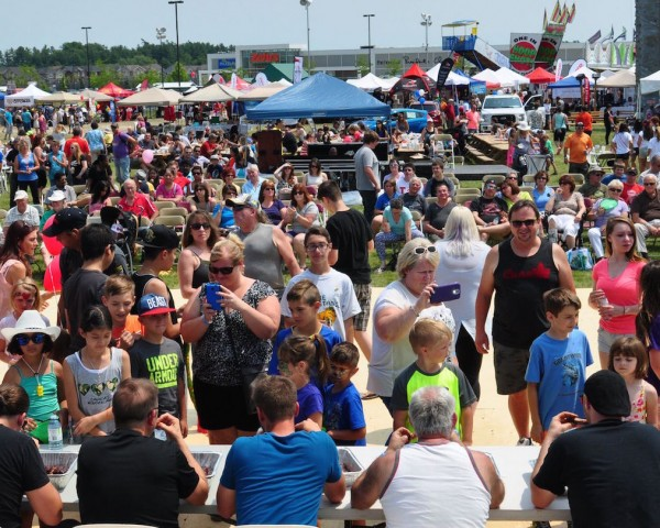BRADFORD RIBFEST 2015 CROWD_cropped